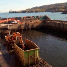 Los lodos del puerto de Llanes se están depositando en una antigua cantera de Pimiangu (Ribadedeva)