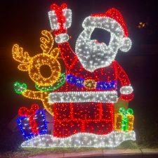 Infiesto abre la puerta a la Navidad en el Oriente de Asturias adelantando el encendido de su iluminación decorativa