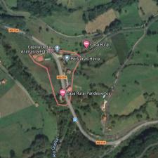 Una mujer resulta herida tras sufrir un accidente de tráfico en La Estrada de Cangas de Onís