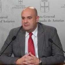 Pedro Leal llama traidores a los alcaldes de Amieva y Peñamellera Alta por no rechazar el PRUG del Parque Nacional