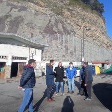 Lastres exige el dragado de su puerto hoy mejor que mañana para evitar el cierre de las instalaciones
