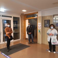El Ayuntamiento de Parres dona varios pulsioxímetros al Centro de Salud de Arriondas para combatir la Covid