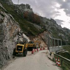 Foro Cabrales achaca a la dejadez del Principado el retraso en la construcción de las viseras antialudes en la carretera de Sotres