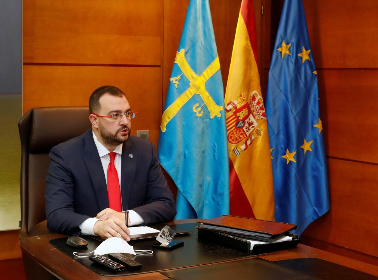 La hostelería asturiana abrirá de nuevo sus puertas el lunes 14 de diciembre con 4 personas por mesa en interior y terraza