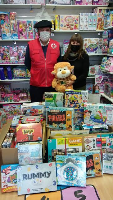 Cruz Roja Ribadesella inicia una nueva campaña para que ningún niño se quede sin juguetes