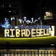 Ribadesella enciende una Navidad en la que no habrá Cabalgata de Reyes