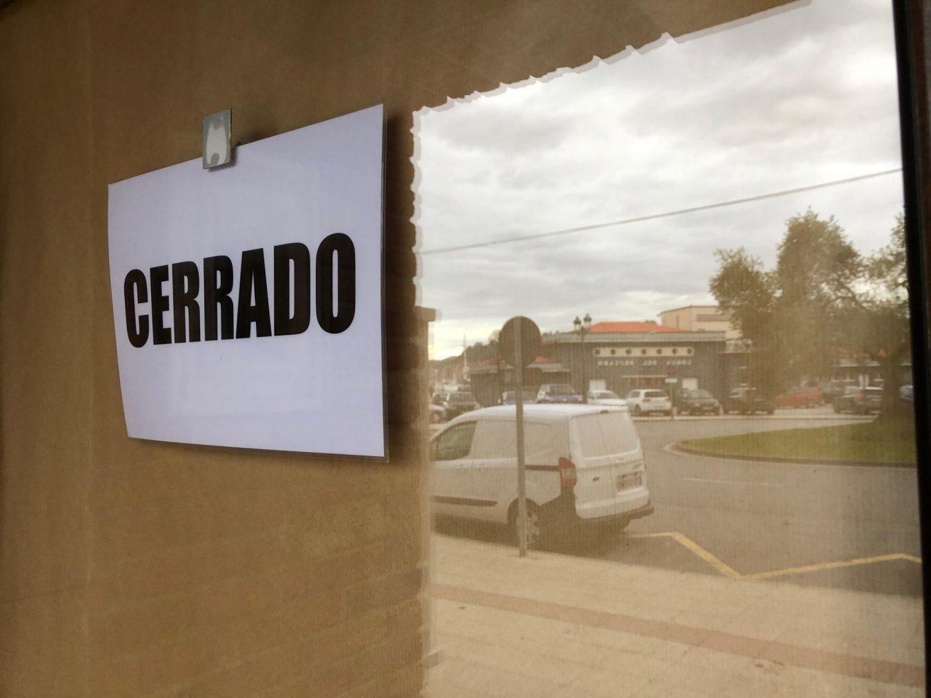 La hostelería de Ribadesella anuncia una protesta para este viernes y pide abrir en las mismas condiciones que en el verano