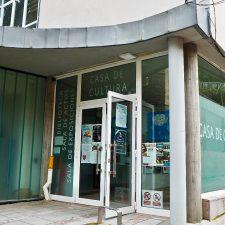Canal defiende una propuesta consensuada para ponerle nombre a la Casa de Cultura de Ribadesella