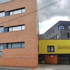 Salud confirma un brote de coronavirus con 4 positivos en la residencia pública de Arriondas