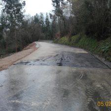 La reparación de la carretera de Sardalla (RS-2), pendiente del asfaltado, concluirá la semana que viene