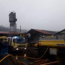 Arde el silo de una carpintería de Infiesto, en el concejo de Piloña