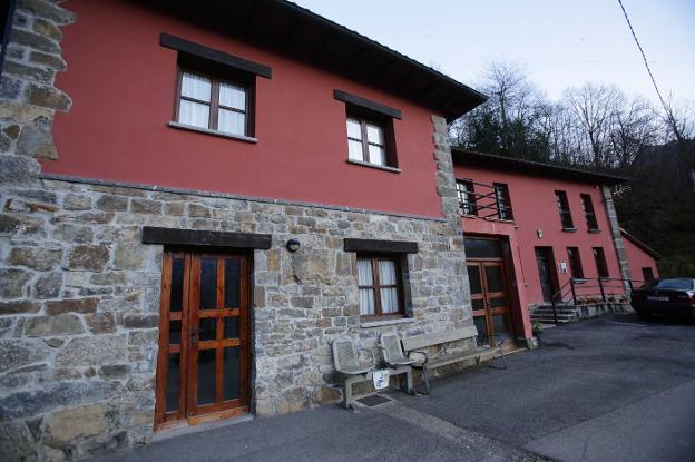 La residencia de Ponga niega que sus mayores se hayan quedado sin agua caliente o calefacción mientras se sustituye la caldera