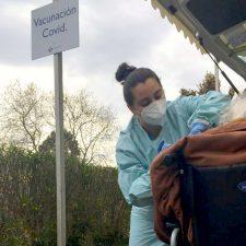 La semana que viene comenzará la vacunación anti covid de los mayores de 80 años del Oriente de Asturias