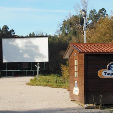 El Ayuntamiento de Ribadesella estudia convertir el Autocine en un área de aparcamiento para Autocaravanas