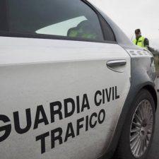 Persecución policial y detención en el tramo oriental de la Autovía del Cantábrico (A-8)