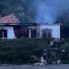 Dos heridos graves tras el incendio de una vivienda en Ribadesella