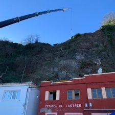 La protección del talud de Lastres afectado por un desprendimiento costará 229.740 euros