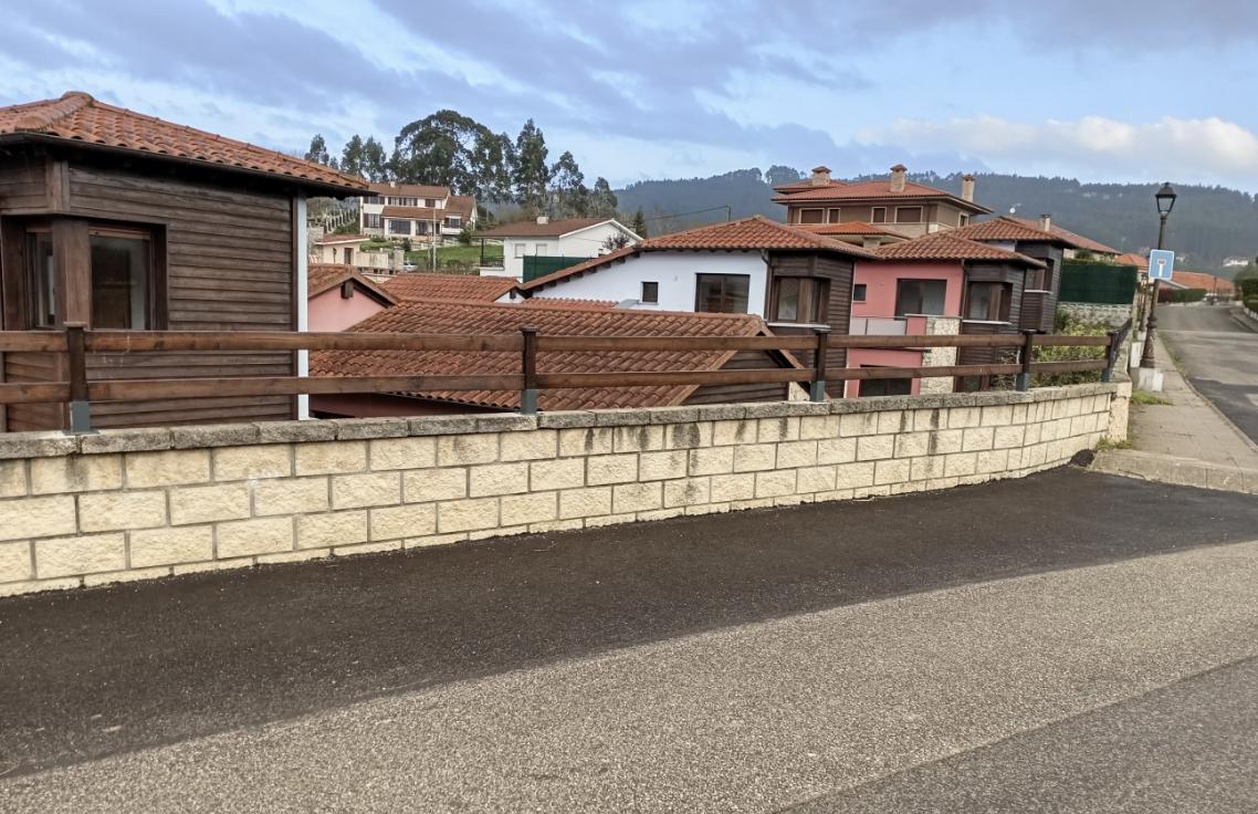 El PP de Colunga denuncia la existencia de graves irregularidades en la urbanización El Cuetín