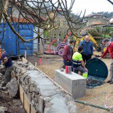 Las obras de saneamiento en El Collau de Villahormes marchan a buen ritmo