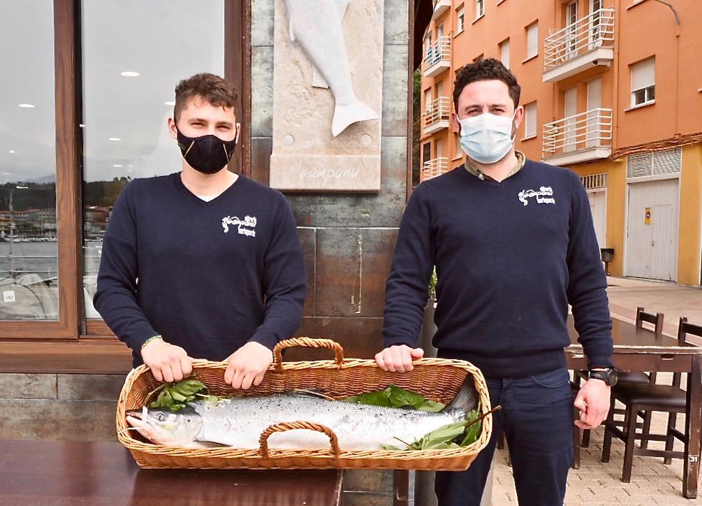 Pagan 3.000 euros por el Campanu del Sella que se degustará en un restaurante de Gijón