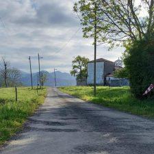 El Ayuntamiento de Parres licitará en 115.000 euros las obras de mejora de la carretera de Castiellu