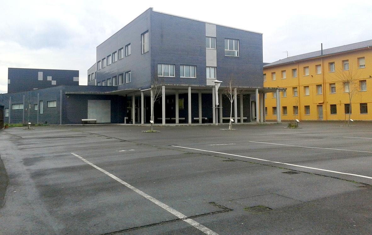 Cinco centros educativos de Ribadesella, Llanes e Infiesto con incidencias covid en la última semana
