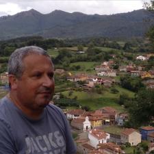 El riosellano Xandru Martino, nombrado miembro de la Academia de la Llingua Asturiana