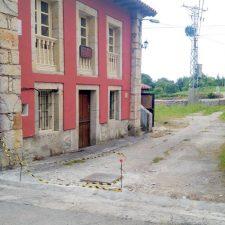 Comienza el acondicionamiento de la plaza y entorno de la Casa Concejo de Vidiago (Llanes)