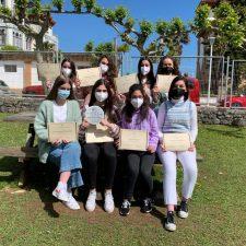 Los Amigos del Museo de Bellas Artes premian un trabajo de ocho alumnas del instituto de Ribadesella