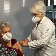 Mas de 13.000 vecinos del Oriente de Asturias ya están inmunizados contra la Covid-19