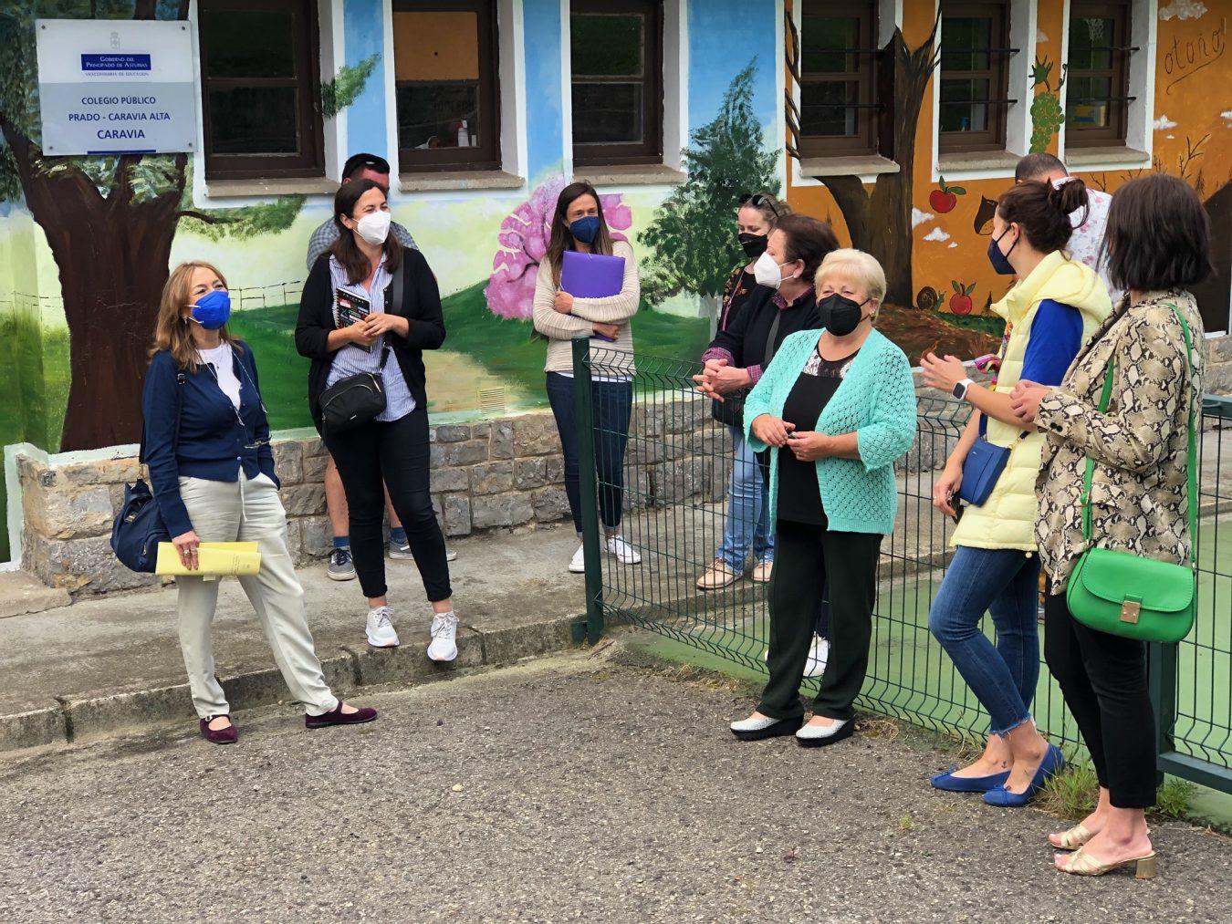 Caravia quiere que el Colegio Público de Prado cuente con transporte y comedor escolar