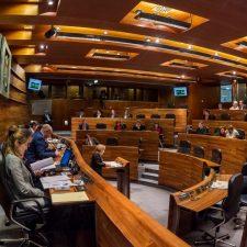 La JGPA respalda a la AMPA de Caravia en todas sus reivindicaciones con el único voto en contra del PSOE
