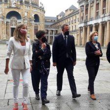 La Laboral acoge la firma del Plan de Sostenibilidad Turística que se desarrollará en el concejo de Onís