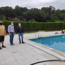 Piloña abre mañana las piscinas de La Cueva y Llanes inicia el sábado el plan de salvamento en playas