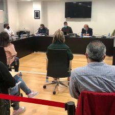 La oposición riosellana saca adelante su Plan de Ayudas Covid con el voto en contra del Gobierno local y el informe desfavorable de intervención