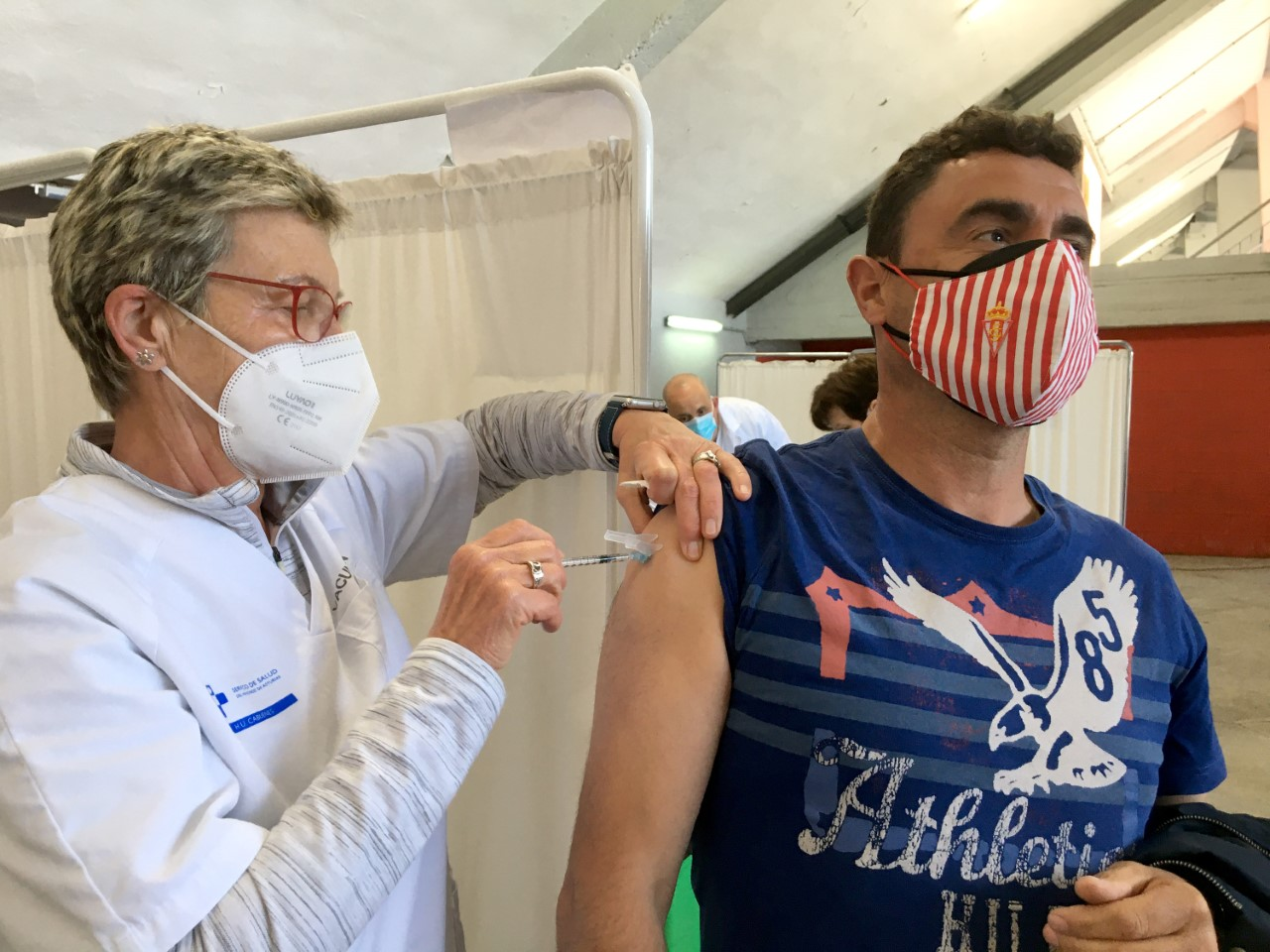 Record de vacunación en Asturias y 50 nuevos positivos en otra jornada sin fallecidos