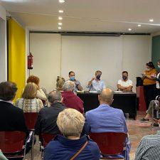 Tensión en el concejo público de Nueva por la plantación de eucaliptos