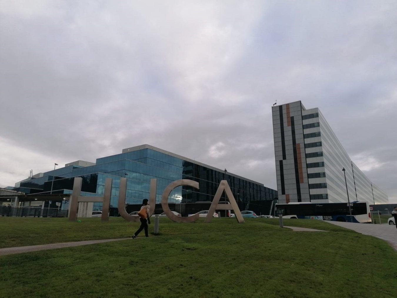 Los contagios bajan ligeramente en Asturias, pero siguen subiendo los ingresos hospitalarios