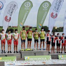 Otras tres medallas de plata para el piragüismo asturiano en el nacional de JJPP K4 y K2