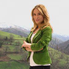 Los artesanos de Colunga conceden el Premio Alcuentros 2021 a la presentadora Sonia Fidalgo