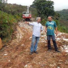 Llanes amplía el camino de acceso a Brañavieja, donde se instalará una manga ganadera