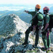 Buscan a dos montañeros desaparecidos desde ayer en la vertiente asturiana de los Picos de Europa