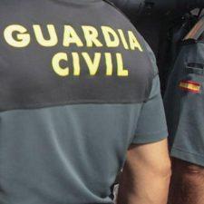Detenida una persona en Llanes por atentar contra un agente de la autoridad