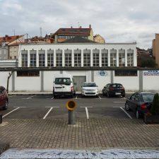 Canal dice que la Plaza de Abastos de Ribadesella está en un limbo jurídico que podría condenarla a caerse sola