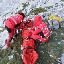 Una montañera pasa la noche en los Picos de Europa con un traumatismo de espalda antes de ser evacuada al hospital