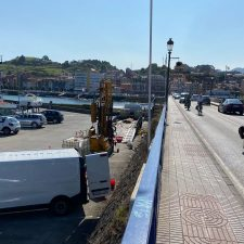 Opiniones para todos los gustos con los sondeos que se realizan en el puente de Ribadesella en pleno mes de agosto