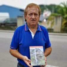 Víctor Villar recoge 132 cascadas en un libro-guía con los chorros con mayor encanto de Asturias