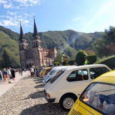 Clásicas bendiciones en la explanada de Covadonga