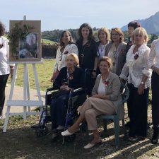 La inmortal voz de Menchu Alvarez del Valle protagonista en el homenaje organizado por sus amigas en Ribadesella