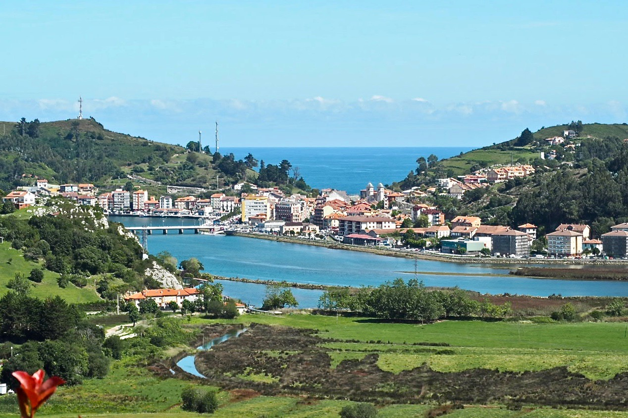 Ribadesella se coloca como cuarto municipio de España con mayor ocupación hotelera en agosto. Llanes ocupó la décima posición